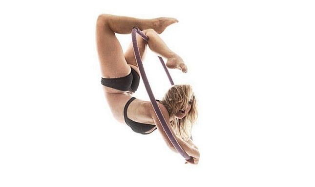 Interview with aerialist Caty Mae