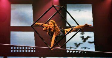 Συνέντευξη με την Hanka Venselaar- Pole Dancer & Aerial Silks artist