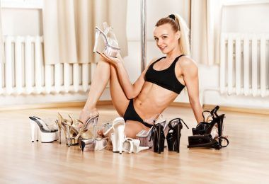 8 reasons to wear high heels for Pole Dancing