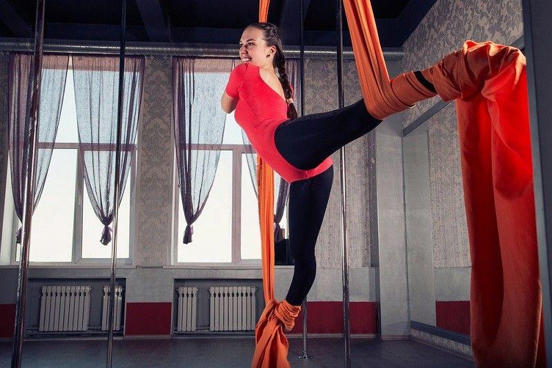 Εσύ πόσο ασφαλές μάθημα Pole Dancing κάνεις;