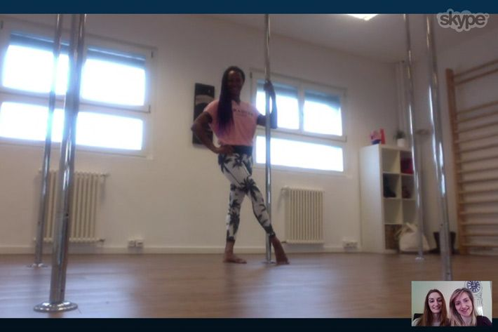 phoenix_kazree_pole_dance_interview_skype_gr