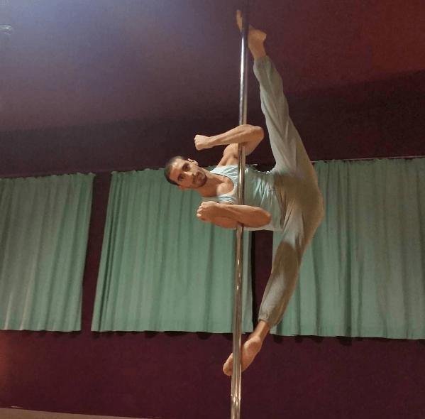 Σεμινάρια Pole Tricks Analysis & Stretching με τον Ναέλ Χρυσαφίδη
