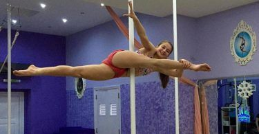 Pole Fitness και εναέρια ακροβατικά για παιδιά. Τι πρέπει να γνωρίζει μια σχολή