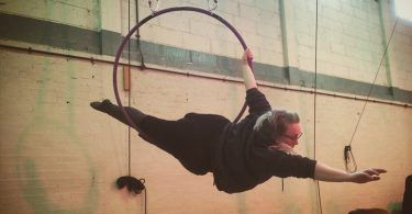 Plus size aerialist: This is the article I wish I had been able to find before I took my first class