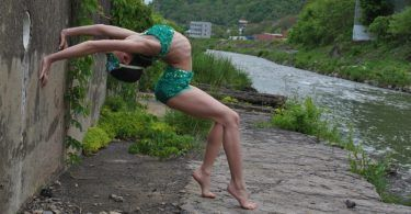 Expert flexibility secrets by Betsy Shuttleworth to take your contortion skills to the next level