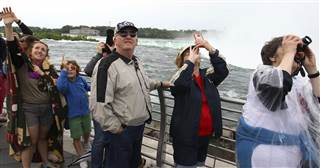 Erendira and Nik Wallenda at press conference before the Niagara Falls stunt.
