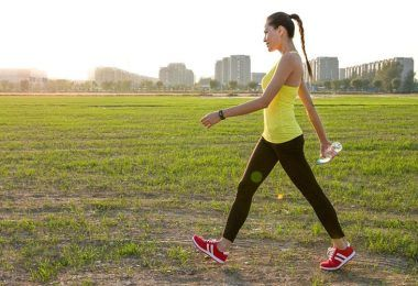 Three ways walking improves our health [infographic]