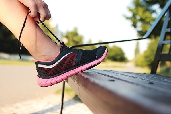 Expert Advice to Pick Exercise Shoes for Flat Feet